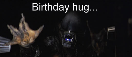 Xenomorph_birthday_hug